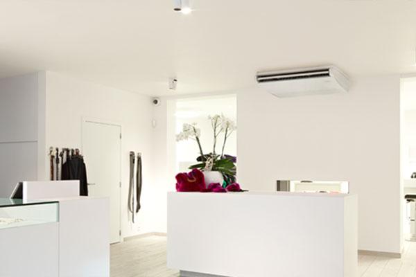 Climatiseur plafonnier Daikin réception boutique